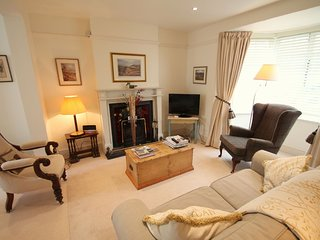 No 4 Lowerbourne, Porlock - Cosy country cottage in the heart of Porlock - Porlock vacation rentals