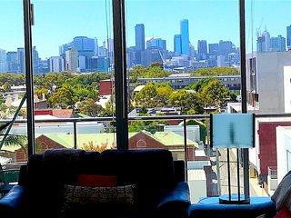 Bright Condo with Deck and Internet Access - Melbourne vacation rentals