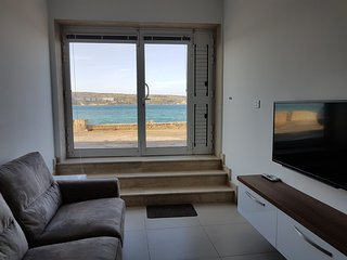 Seafront 2 Bedroom Maisonette, Mellieha - Mellieha vacation rentals