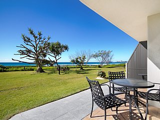 San Simeon 6 - Absolute beachfront apartment - Tugun vacation rentals