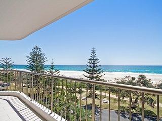Porta Pacifique 17- Beachfront apartment - Bilinga vacation rentals