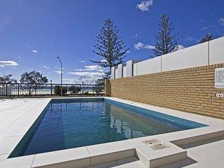 Centre Court 13 Kirra - Kirra Beachfront - Bilinga vacation rentals