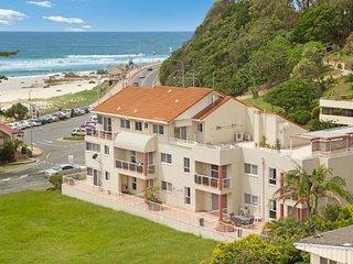 Wave Break Kirra Unit 6 - Kirra Point - Tweed Heads vacation rentals