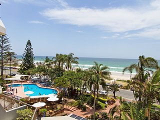 Rocks Resort 4G - Currumbin Beachfront - Currumbin vacation rentals