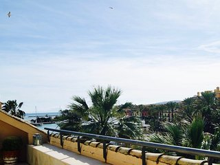 Nice Condo with Internet Access and A/C - Sotogrande vacation rentals