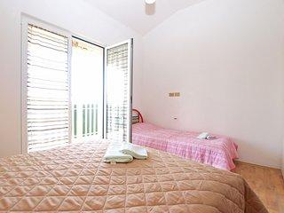 Nice 2 bedroom House in Loborika - Loborika vacation rentals