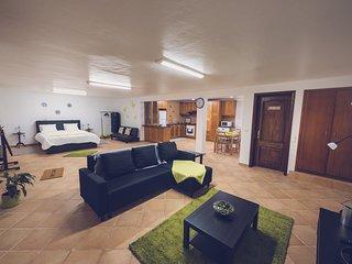 Nice 1 bedroom House in Angra do Heroísmo - Angra do Heroísmo vacation rentals