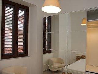 appartamento finemente e recentemente ristrutturato a Vibo Marina ( VV ) - Vibo Valentia Marina vacation rentals