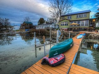 Wise Owl Landing Cayuga Wine Trail Lakefront Home Hot Tub Sleep 10 - Cayuga Lake vacation rentals