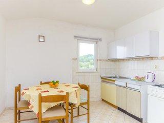 Apartments Milka - 27741-A2 - Slatine vacation rentals