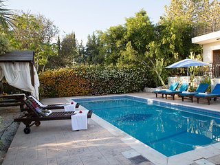Coral Bay Sunkiss Villa - Peyia vacation rentals
