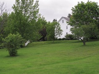 Beautiful Cottage with Internet Access and Grill - Grand Pre vacation rentals