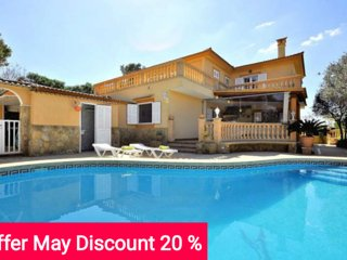 Last Minute 20% May 2017. Villa with 5 bedrooms, 5 bathrooms, private pool and - Llucmajor vacation rentals