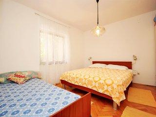 Apartment Marija - 45151-A1 - Okrug Gornji vacation rentals