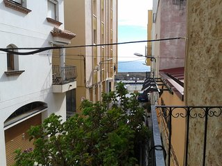 ANDREU LLAMBRICH-Next to the sea - L'Ametlla de Mar vacation rentals