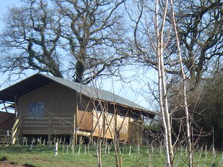 Leafy Fields Glamping, Valley View Safari tent - Uffculme vacation rentals