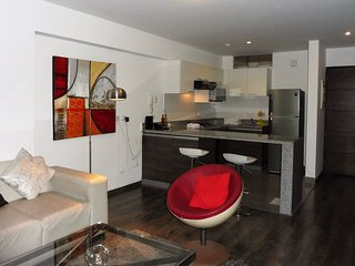 Beautiful Condo with Internet Access and Television - Lima vacation rentals