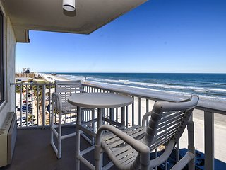Direct Oceanfront NE Corner ( end ) unit - Daytona Beach vacation rentals