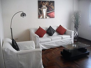 01 bedroom apartment half block from Malecon - Lima vacation rentals