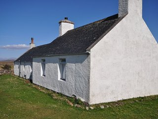 2 bedroom House with Fireplace in Stoer - Stoer vacation rentals