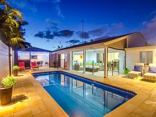 Serenity Retreat Mooloolaba, private oasis with solar heated pool, walk to beach - Mooloolaba vacation rentals