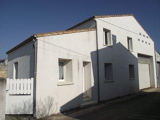 Bright 4 bedroom House in Saujon - Saujon vacation rentals