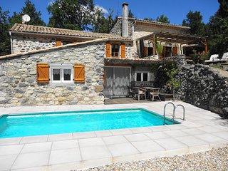Le Vallon des Etoiles en Sud Ardèche-Gite de caractère : Nature, Piscine et Spa - Lussas vacation rentals