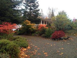 Little Bear Garden View Rose Room - Royston vacation rentals