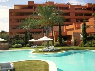 APARTMENT NEAR GOLF COURSE WITH COMMUNITY SWIMMING POOL ref IBIZA - Velverde vacation rentals