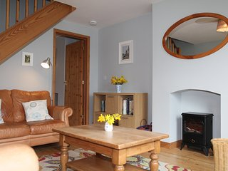 Charming Cottage with Internet Access and Satellite Or Cable TV - Rodmersham vacation rentals