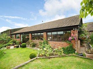 Manor Farm Barn, sleeps 12, Great Location (MF) - Chippenham vacation rentals