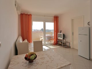 Nice Apartment with A/C and Balcony in Novalja - Novalja vacation rentals