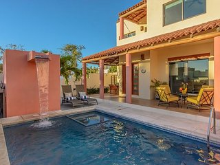 Private pool, ocean and arch views - five minute stroll to beach - La Joya vacation rentals
