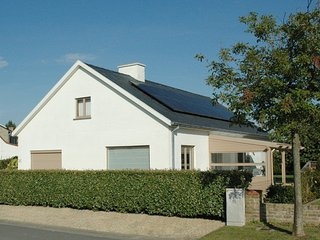 Nice Villa with Internet Access and Central Heating - Oostduinkerke vacation rentals