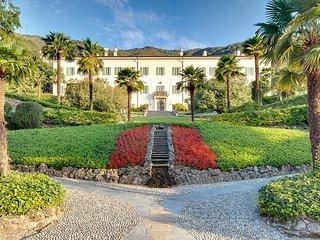 Lovely 13 bedroom Villa in Cernobbio - Cernobbio vacation rentals