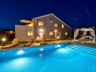 Villa Levante - Apartmeent Levanta 1 - Poljica vacation rentals