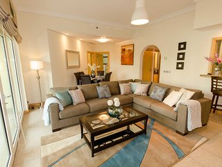 Al Haseer 2-bedroom apartment - Emirate of Dubai vacation rentals