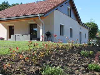 Bright 4 bedroom House in Les Grangettes - Les Grangettes vacation rentals