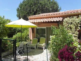 Charmant studio dans un écrin de verdure - Cuttoli-Corticchiato vacation rentals
