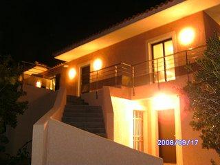 Villa et son studio 10 personnes + Jacuzzi - Coti-Chiavari vacation rentals