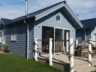 Beach House. Beautiful 'Paradise Found' - Hunmanby vacation rentals