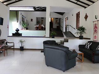 4 bedroom Villa with Internet Access in Walahanduwa - Walahanduwa vacation rentals