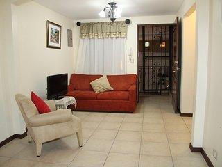 La Casa Descansa (House of Rest) - Heredia vacation rentals