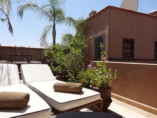 Cosy sunlit terrace room - Marrakech vacation rentals