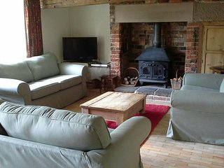 Lovely Cottage with Internet Access and Television - Carsington vacation rentals
