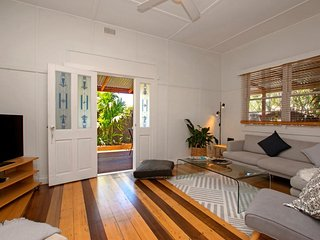 Lovely 3 bedroom House in Byron Bay with A/C - Byron Bay vacation rentals