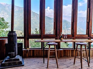 2 bedroom House with Deck in Manali - Manali vacation rentals