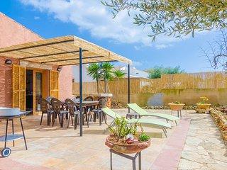 CAN CANTARI - Chalet for 8 people in Sa Coma - Sa Coma vacation rentals
