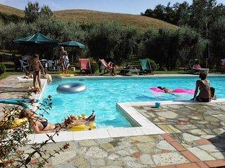 Apartment Spiga, 3 Bedroom apartment in the Heart of Tuscany Hills - Volterra vacation rentals