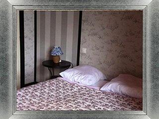 Chambres d'hôtes Aux Caprices des Dieux - Moncontour vacation rentals